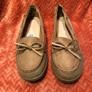 American Eagle WOMEN'S BECK BOAT SHOES size 9 Tan